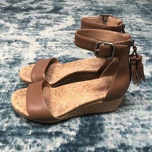 UGG Zoe Wedge Sandals